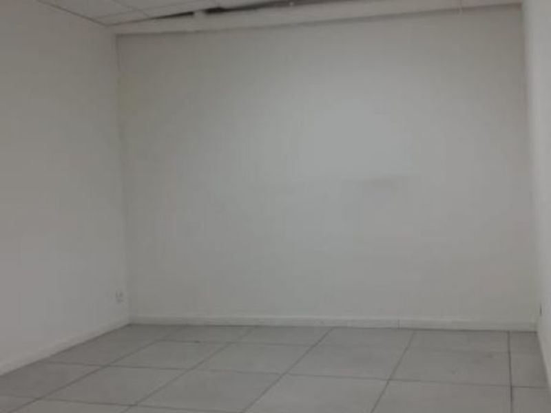 Location local commercial Le raincy 250€ HC - Photo 4