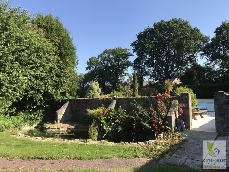 Sale house / villa Vesly 381425€ - Picture 3