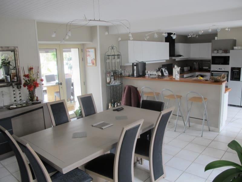 Sale house / villa Vesly 381425€ - Picture 5
