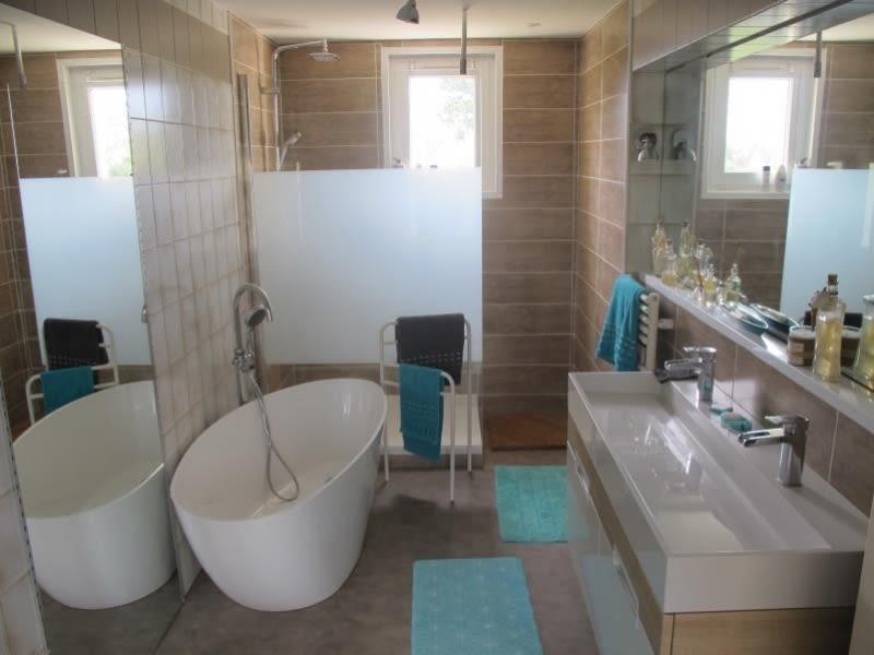 Sale house / villa Vesly 381425€ - Picture 7