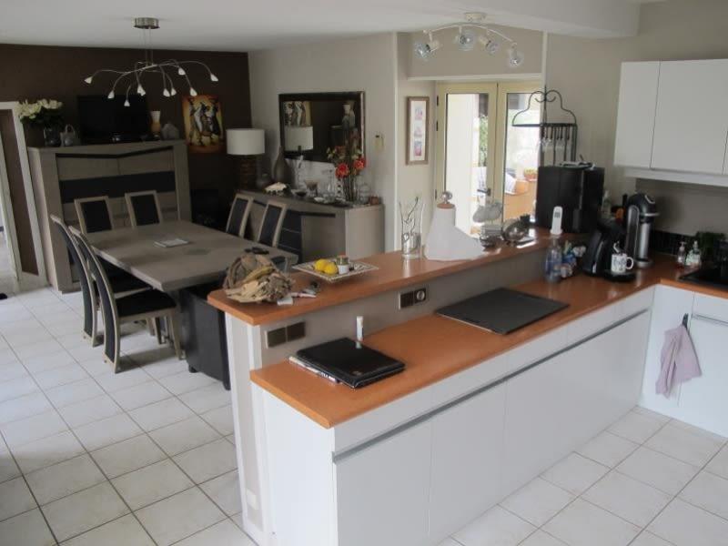 Sale house / villa Vesly 381425€ - Picture 9