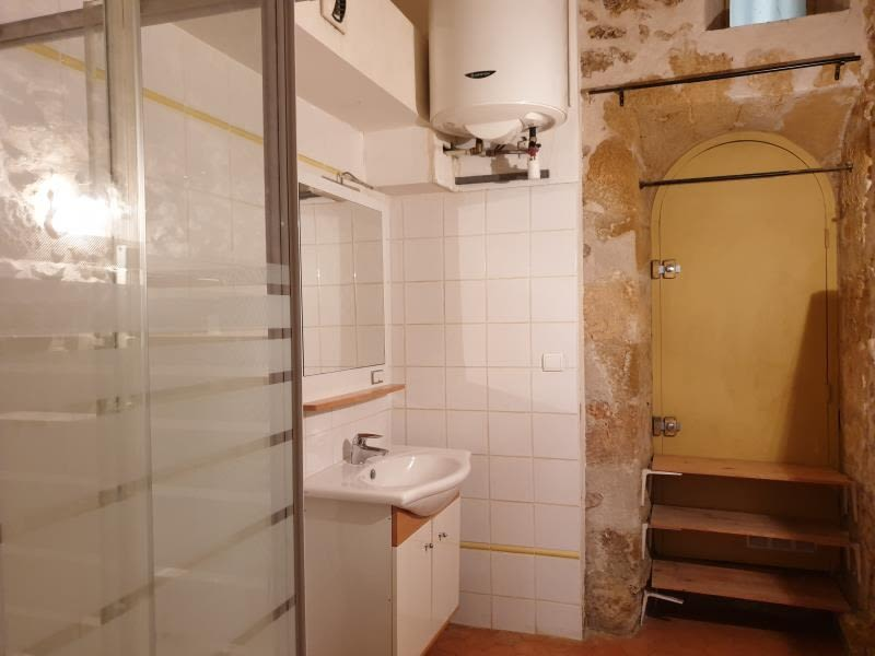 Rental apartment Aix en provence 704€ CC - Picture 4