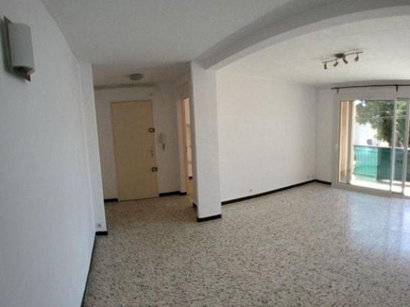 Sale apartment Salon de provence 174000€ - Picture 2