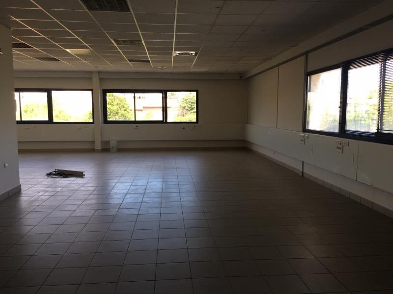 Sale empty room/storage Marignane 378 000€ - Picture 3