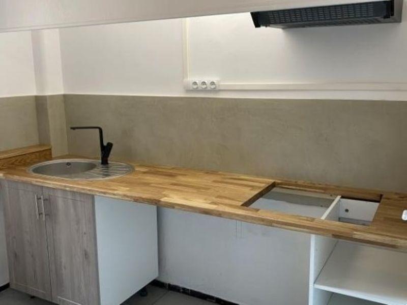 Rental apartment Aix en provence 990€ CC - Picture 1