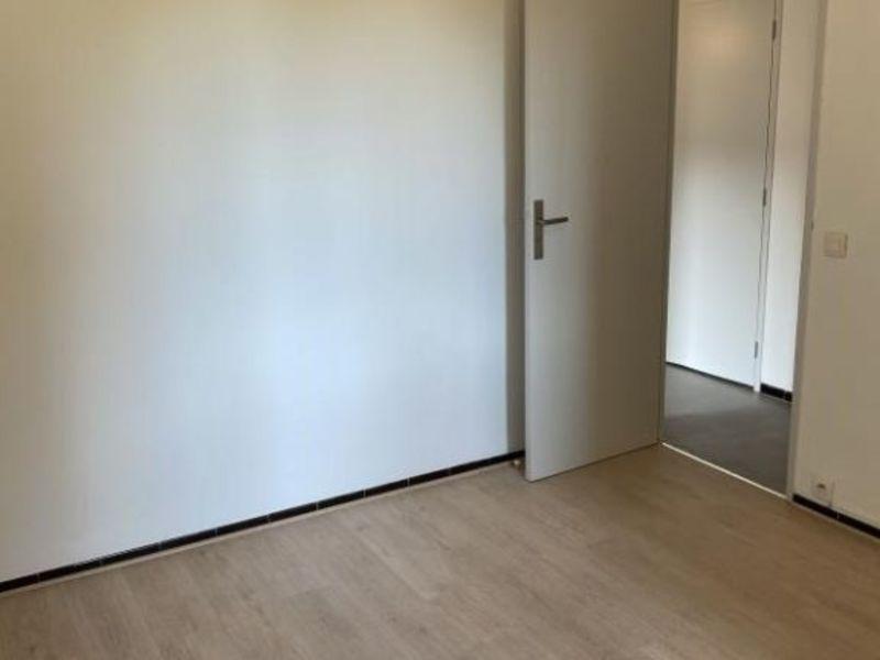 Rental apartment Aix en provence 990€ CC - Picture 7