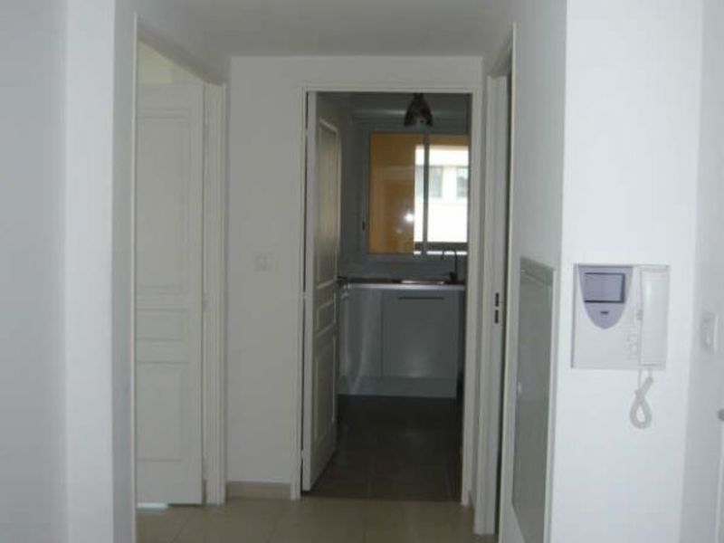 Rental apartment Aix en provence 1229€ CC - Picture 5