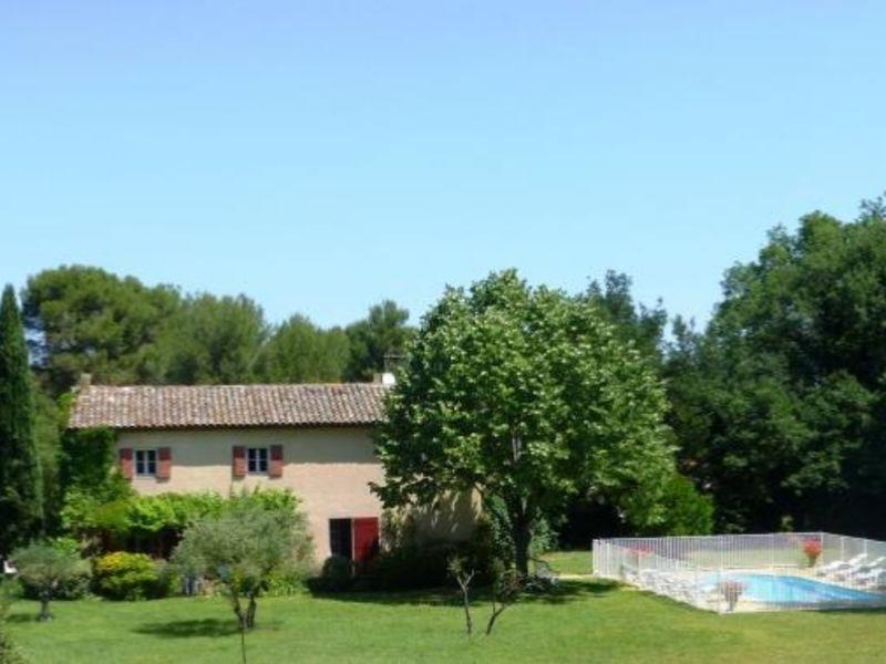 Sale house / villa Meyrargues 699000€ - Picture 1