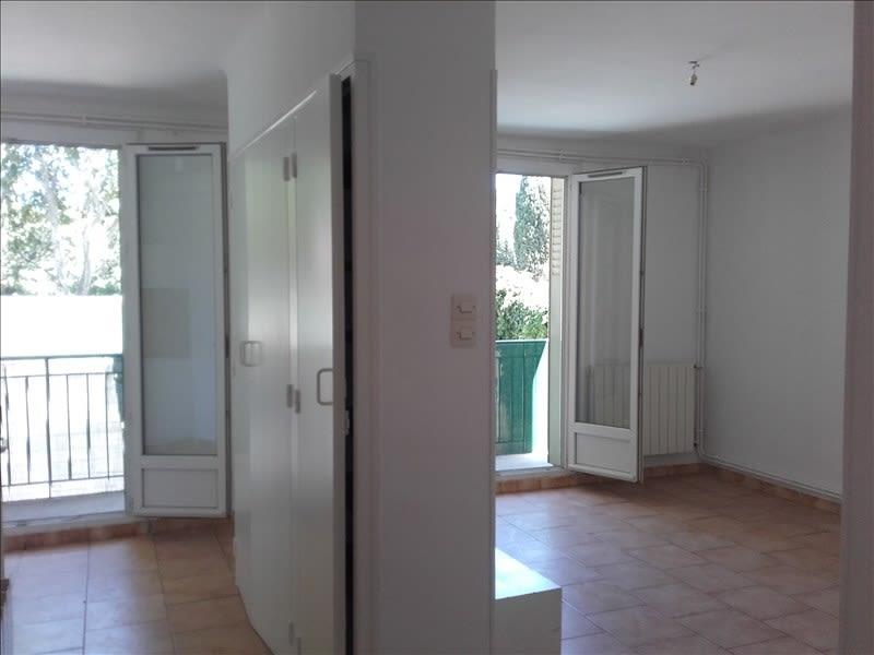 Rental apartment Aix en provence 773€ CC - Picture 1