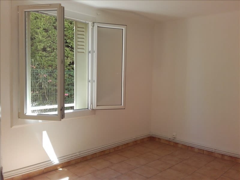 Rental apartment Aix en provence 773€ CC - Picture 4
