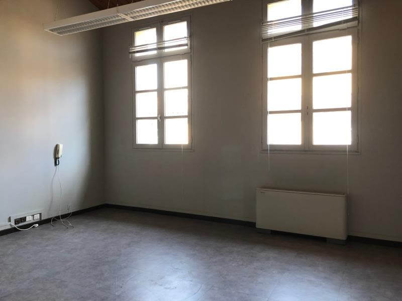 Location local commercial Aix en provence 2 705,50€ HC - Photo 3