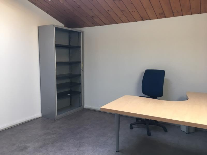 Location local commercial Aix en provence 2 705,50€ HC - Photo 6