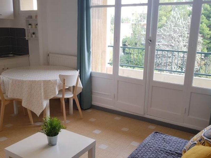Location appartement Aix en provence 631€ CC - Photo 2