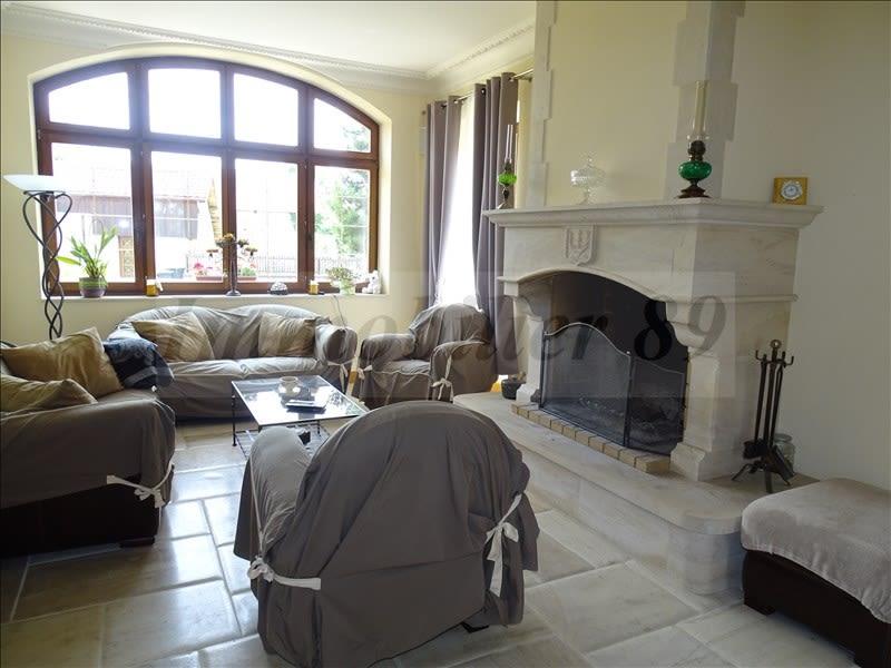 Sale house / villa Au coeur de la forêt 295000€ - Picture 2