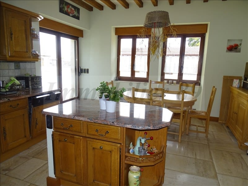 Sale house / villa Au coeur de la forêt 295000€ - Picture 6