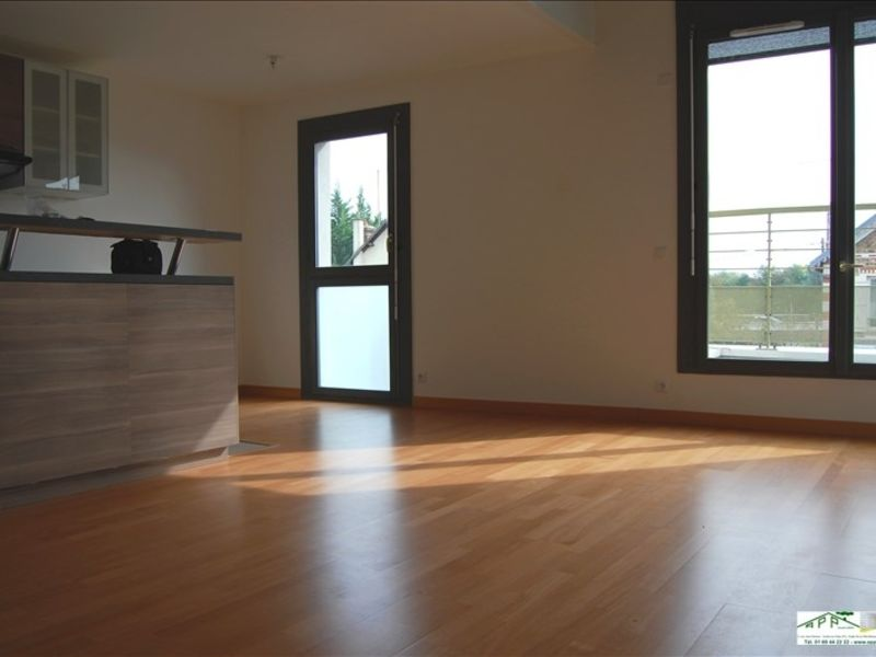 Rental apartment Juvisy sur orge 1 386,68€ CC - Picture 2