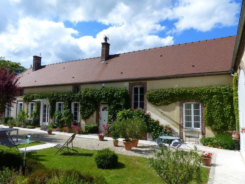 Sale house / villa Boeurs en othe 322000€ - Picture 1