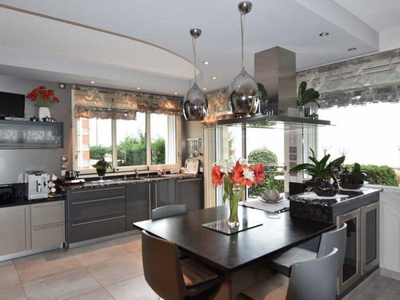 Sale apartment Royan 616100€ - Picture 5