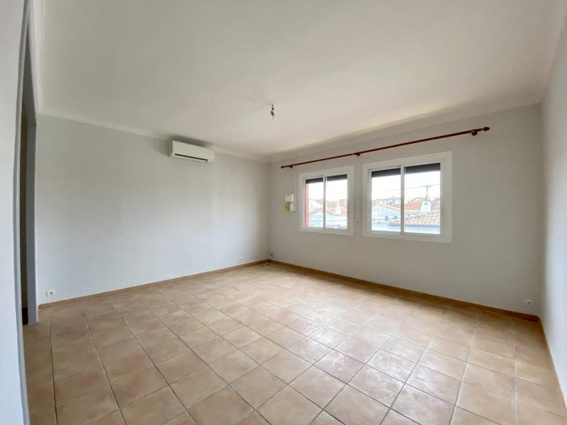 Location appartement Beziers 655€ CC - Photo 1