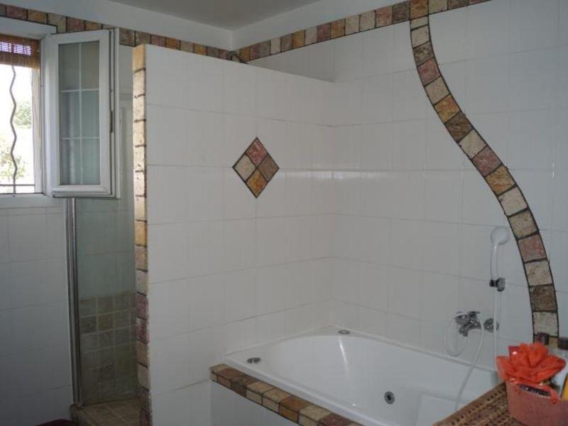 Sale house / villa Thezan les beziers 325500€ - Picture 10