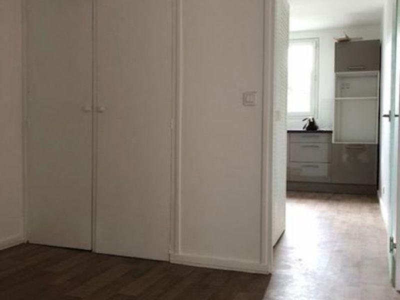Rental apartment Saint germain en laye 1195€ CC - Picture 1