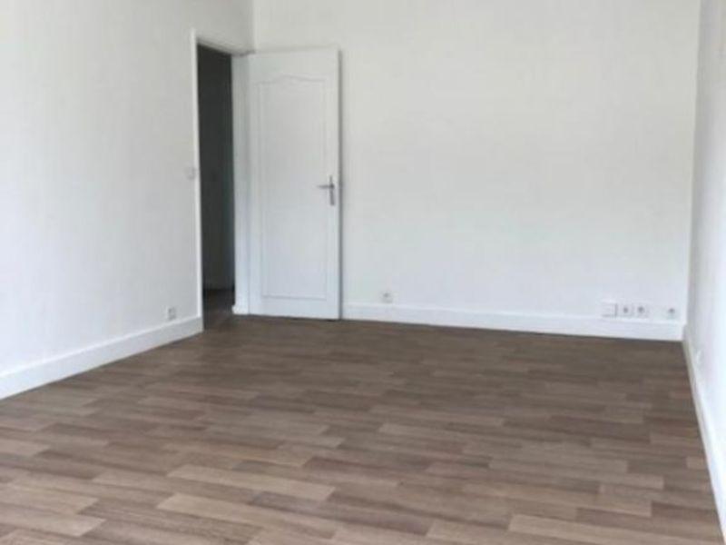 Location appartement Saint germain en laye 1195€ CC - Photo 5