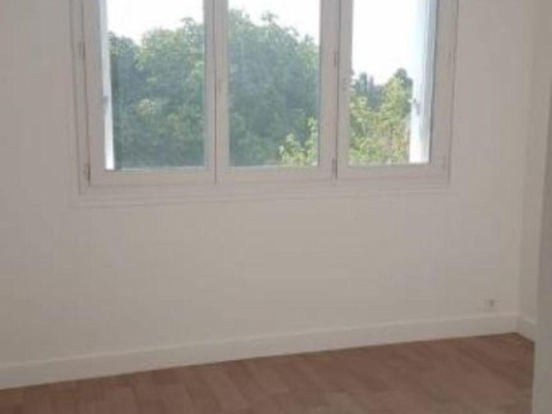 Rental apartment Saint germain en laye 1195€ CC - Picture 6