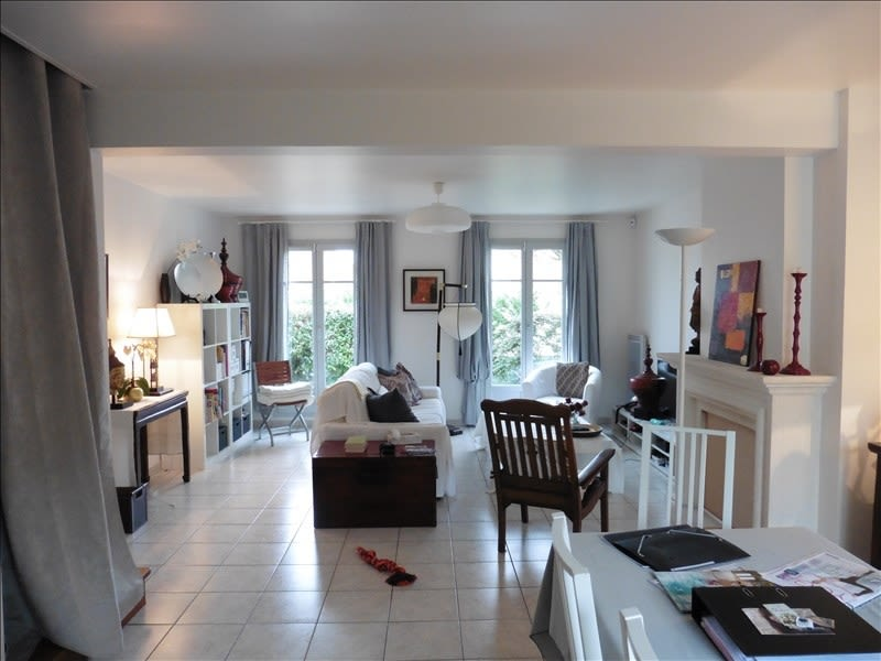 Location maison / villa Chambourcy 2 300€ CC - Photo 1