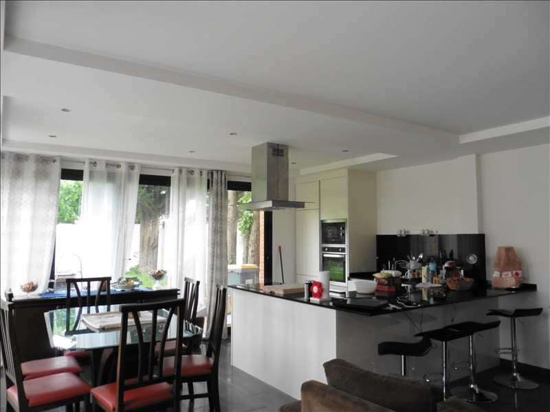 Location maison / villa Chatou 2 250€ CC - Photo 2