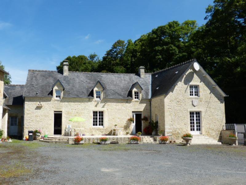 Sale house / villa Bayeux 498000€ - Picture 2