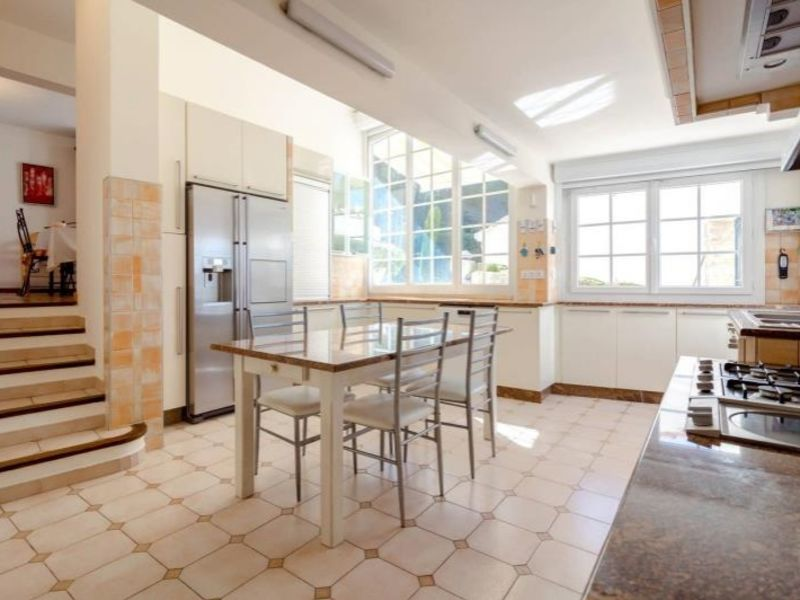 Location maison / villa Aix en provence 649€ CC - Photo 3