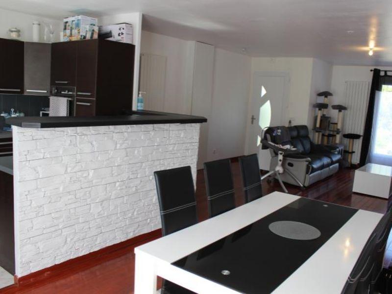 Sale house / villa Montceaux les provins 183000€ - Picture 3