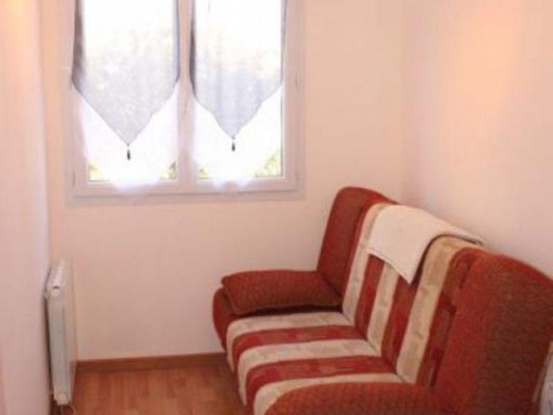Sale house / villa Montceaux les provins 183000€ - Picture 9