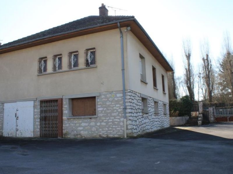 Sale house / villa La ferte gaucher 149000€ - Picture 2