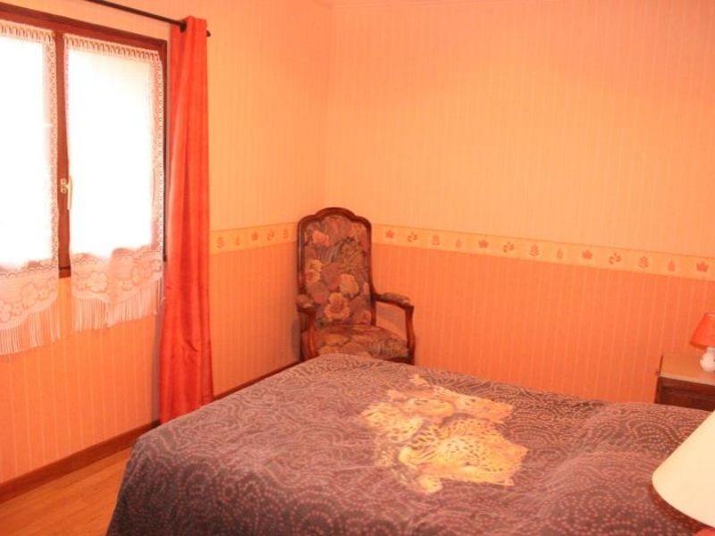 Sale house / villa Doue 240000€ - Picture 7