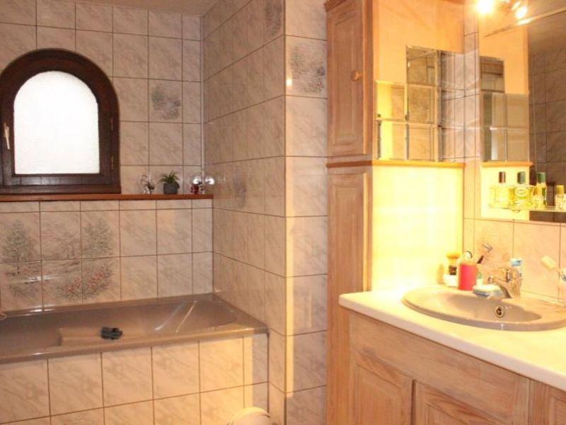 Sale house / villa Doue 240000€ - Picture 8