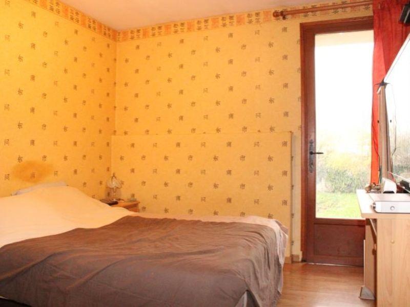 Sale house / villa Doue 240000€ - Picture 9