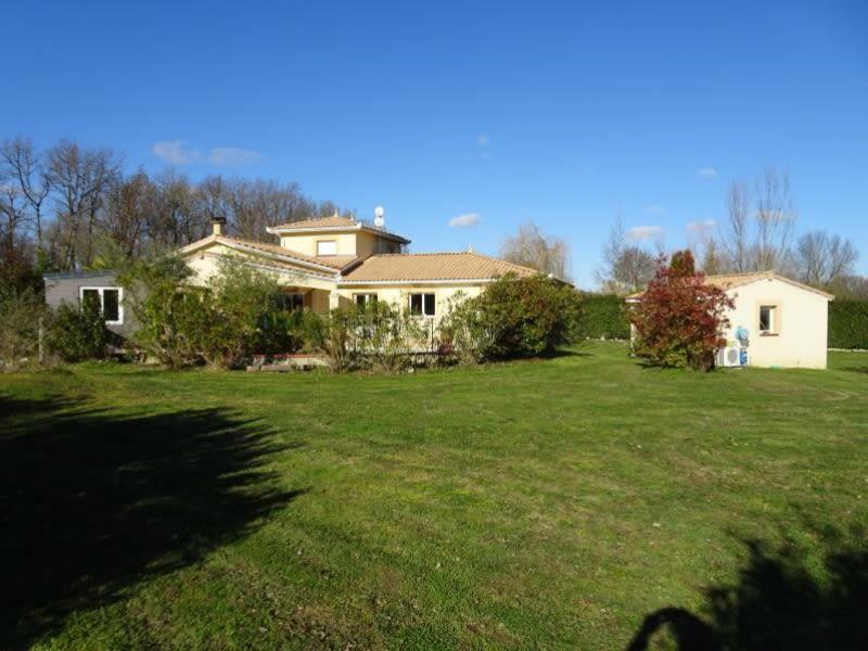Sale house / villa Ste foy de peyrolieres 494000€ - Picture 1