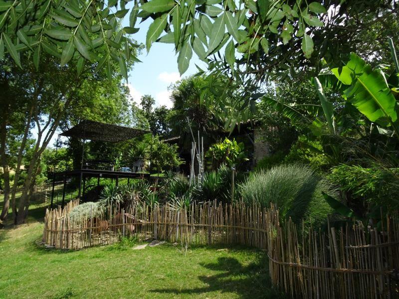 Sale house / villa Isle jourdain 548000€ - Picture 1