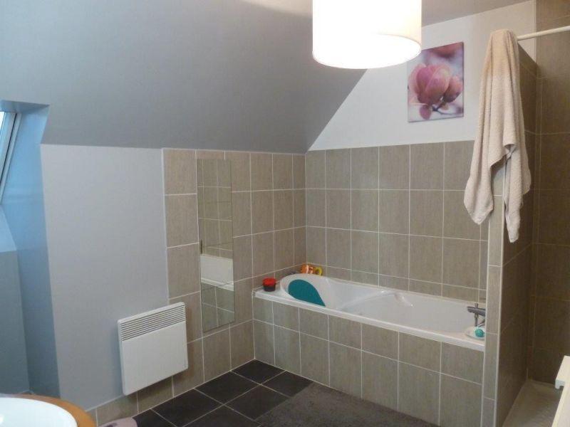 Sale house / villa Nogent le roi 195000€ - Picture 3