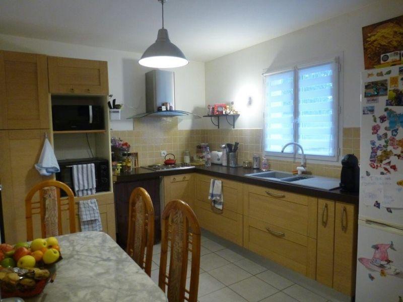 Sale house / villa Nogent le roi 195000€ - Picture 7