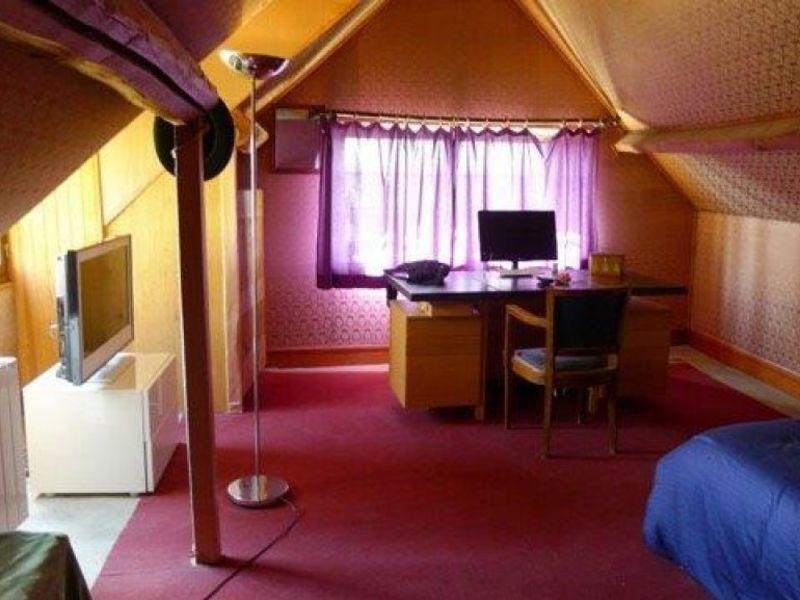 Sale house / villa Nogent le roi 190000€ - Picture 8