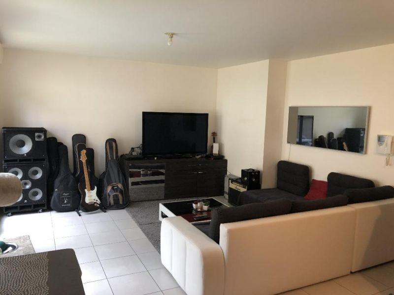 Sale apartment Epernon 155600€ - Picture 2