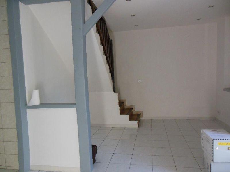 Sale house / villa Nogent le roi 231000€ - Picture 3