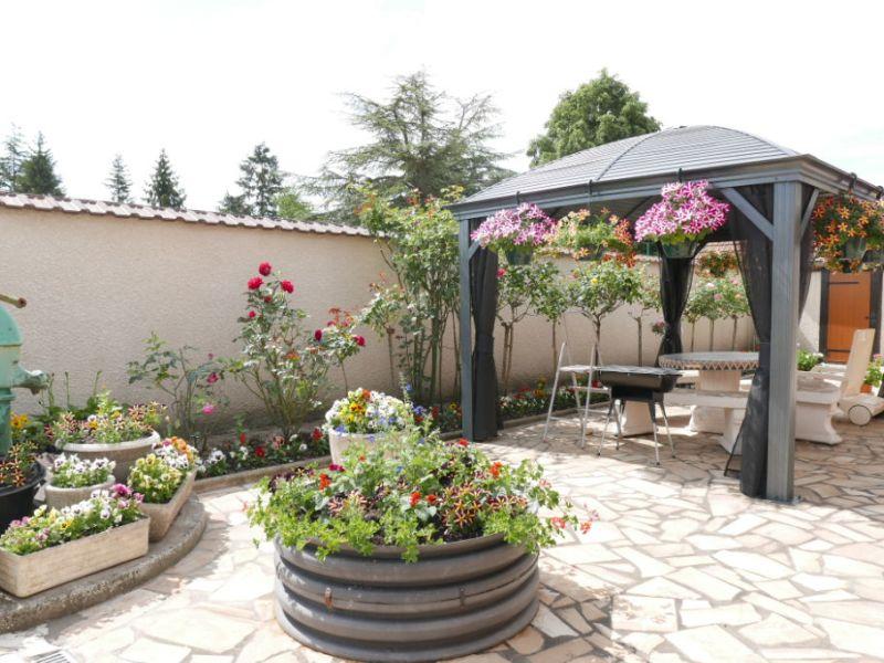 Sale house / villa Nogent le roi 233200€ - Picture 2
