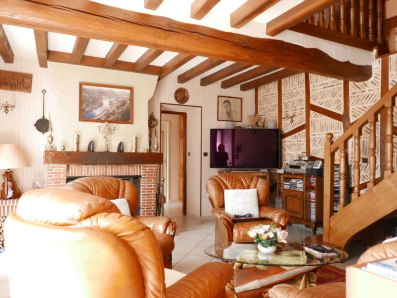 Sale house / villa Nogent le roi 233200€ - Picture 3