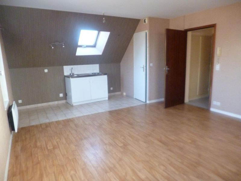 Sale apartment Nogent le roi 54500€ - Picture 1