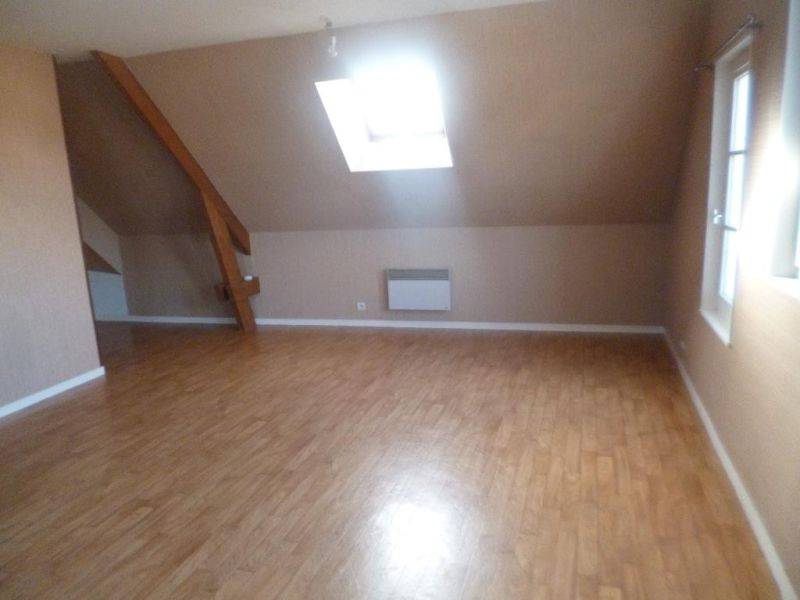 Sale apartment Nogent le roi 54500€ - Picture 3