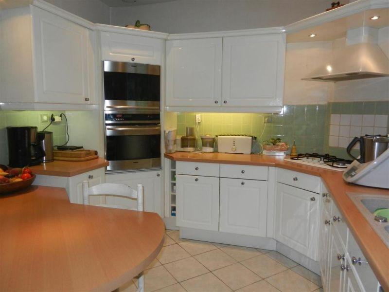 Sale house / villa Epernon 389000€ - Picture 3