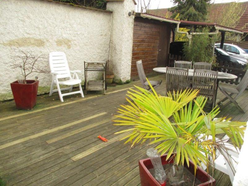 Sale house / villa Nogent le roi 229000€ - Picture 2